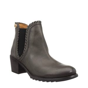 Pikolinos Andorra Leather Chelsea Ankle Booties